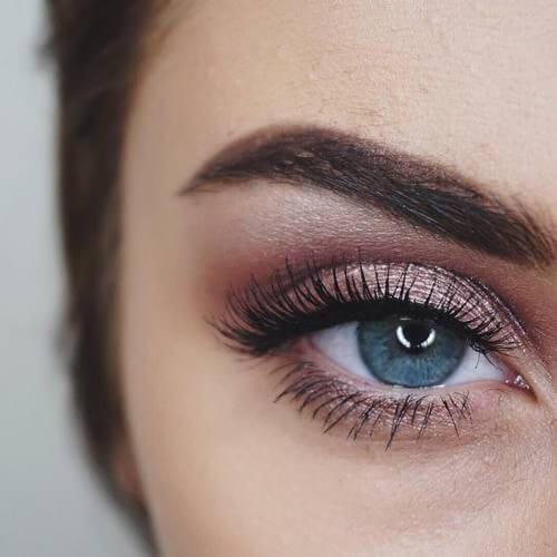 hvordan sminke blå øyne